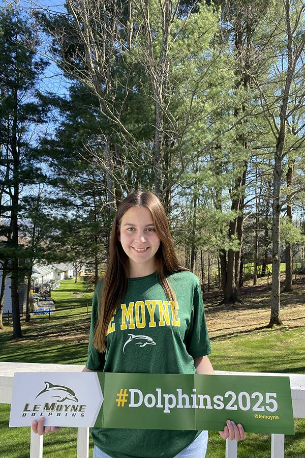 Allison Queor - LeMoyne College